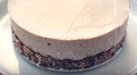 Screenshot-2018-3-13 LEMON CHEESECAKE RECIPE (Gluten Free + Dairy Free) - YouTube(1)